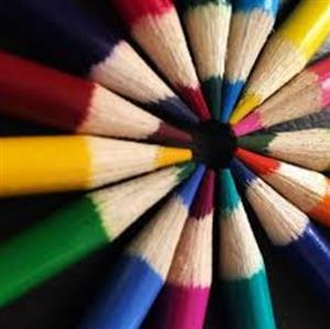 Photo of color pencils in a circle.