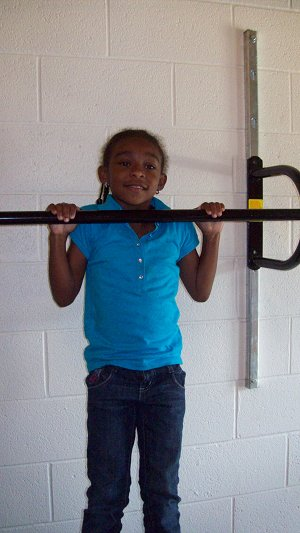 Photo of student performing Flexed Arm Hang